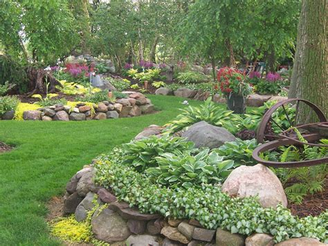Landscape Ideas With Hostas Hosta Rock Garden Garden Ideas