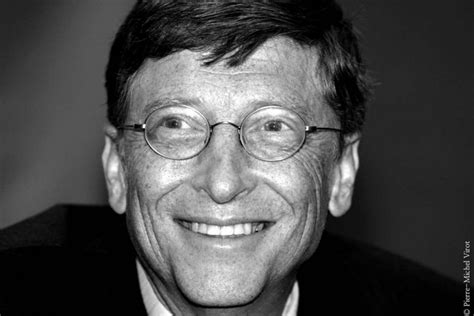 bill gates biography in spanish b w 1 personalitie s images pierre michel virot