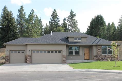 hayden homes snowbrush in eagle ridge 4 bedrooms 2 bath 3