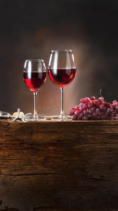 Red glasses grapes wine wallpaper   (40260)
