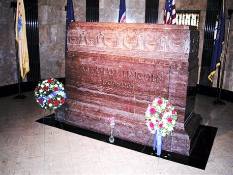 when was abraham lincoln buried lincoln burial