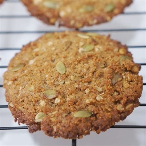 marguerite coconut oatmeal cookies coconut oatmeal cookies oleh oleh khas jakarta