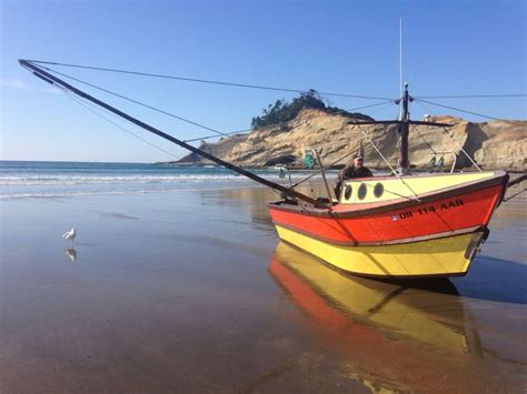 dory boat cape kiwanda 90 best living in the western us images on pinterest