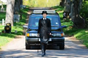 help with funeral costs uk everything you need to know