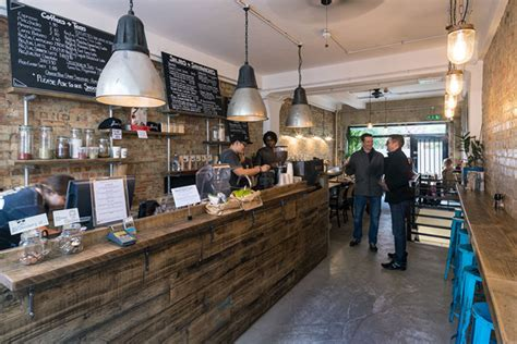 design cafe juice cafe 187 retail design blog love the mood of this space