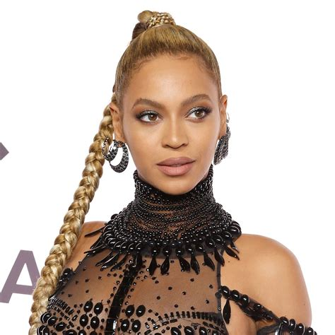 beyonce braids hairstyles beyonc 233 is the queen of the long braid vogue