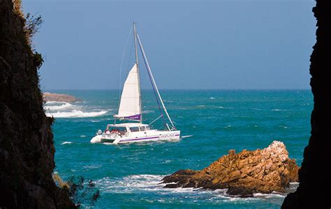 blue water cruising catamaran vs monohull monohull or multihull which is best for blue water