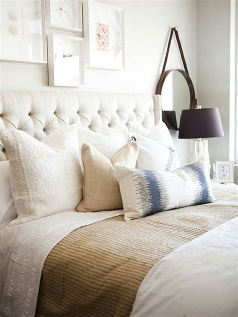 How To Decorate With Pillows by How To Decorate With Throw Pillows