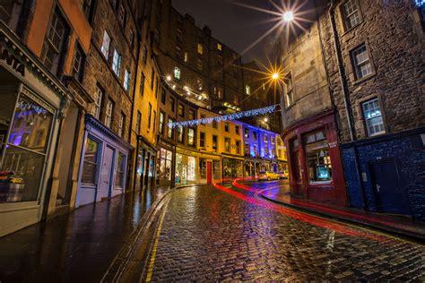 Victoria Street Lights At Night Old Town Edinburgh Scot Edinburgh Lights