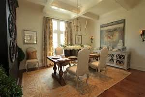 Dining Room Buffet Decorating Ideas How To Make Dining Room Decorating Ideas To Get Your Home