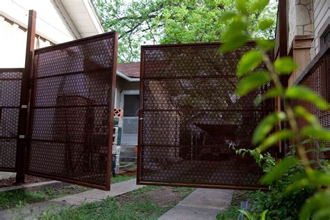 Perforated Planar Gate « REDUXindustry