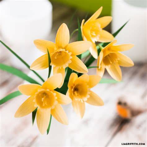 Paper Daffodils - paper flower daffodils by lia griffith project