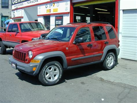 Jeep Liberty Reliability 2006 Jeep Liberty 200 Interior And Exterior Images