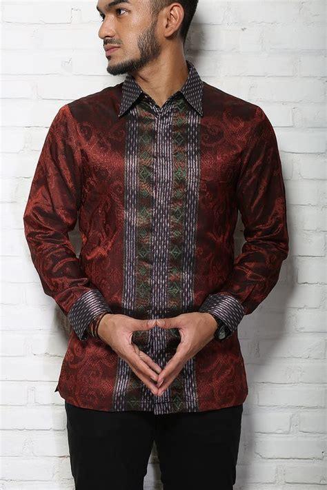Terbatas Kemeja Pria Black Batik Songket modern on