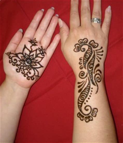 henna tattoos glitter and black tattoos entertainers henna mehndi black jagua beautiful glitter tattoos