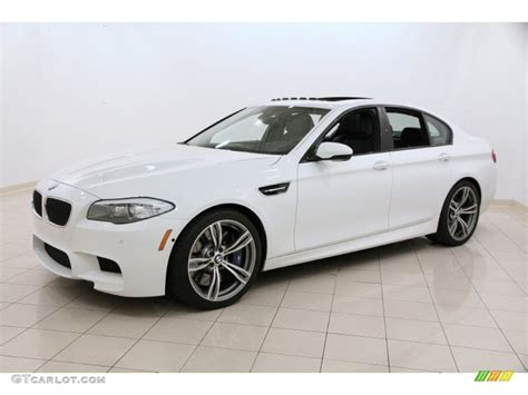 2013 bmw m5 sedan alpine white 2013 bmw m5 sedan exterior photo 105014103