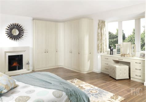 designer fitted bedrooms designer bedroom furniture uk ideas for fitted beespoke