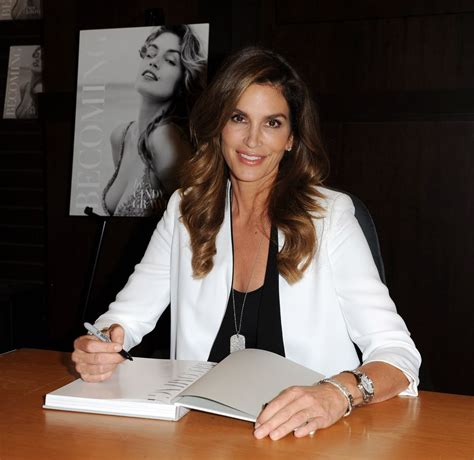 becoming cindy crawford 0847846199 cindy crawford at becoming cindy crawford book signing celebzz celebzz