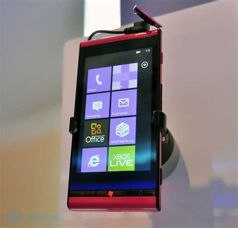 Hp Toshiba Fujitsu Is12t toshiba fujitsu is12t tambi 233 n presente en ces 2012 windows phone