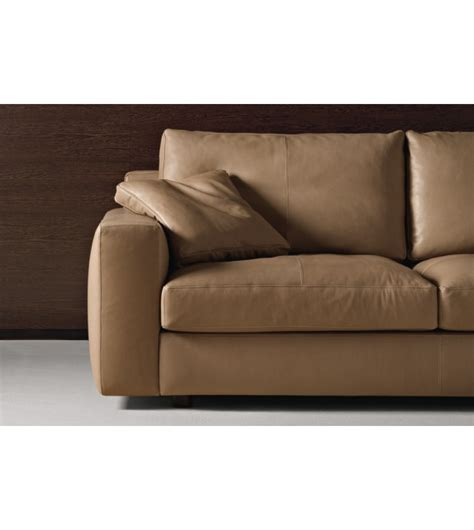 poltrona frau divani massimosistema divano 3 posti poltrona frau milia shop