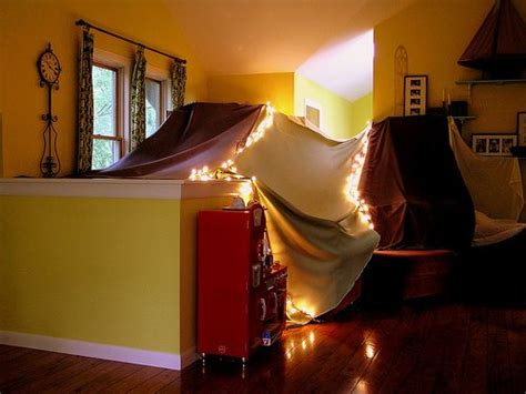 how to make a fort in the living room 1000 images about indoor forts on blanket forts building and