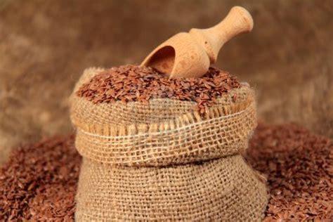 olio di lino per uso alimentare semi di lino in cucina e nella dieta alimentare tacchi e