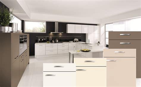 lackierte küche kabinett farben streichen ideen