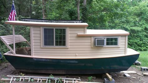 shanty boat cute one shanty boat houseboats in 2019 pinterest