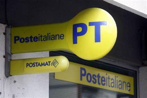 poste uffici postali poste italiane premia due uffici postali di matera