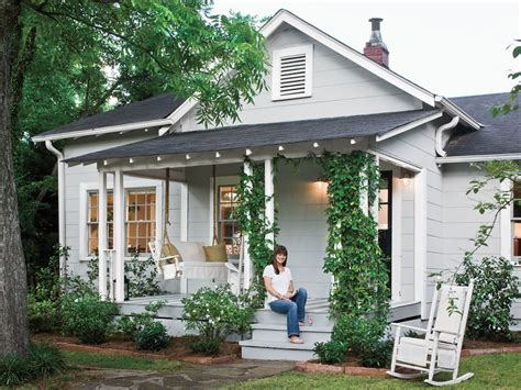 a cottage house do it yourself cottage style southern living