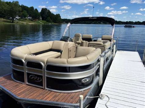 manitou pontoon boats for sale 2014 used manitou pontoons 25 encore shp pontoon boat for