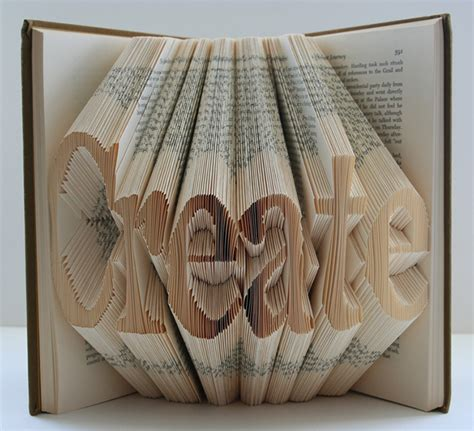 Paper Craft Using Books - book gretha scholtz