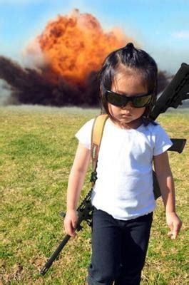 Asian Photographer Meme - かっこいい幼女 2013年11月04日夕方ごろにおくらさんが投稿したお題 ボケて bokete