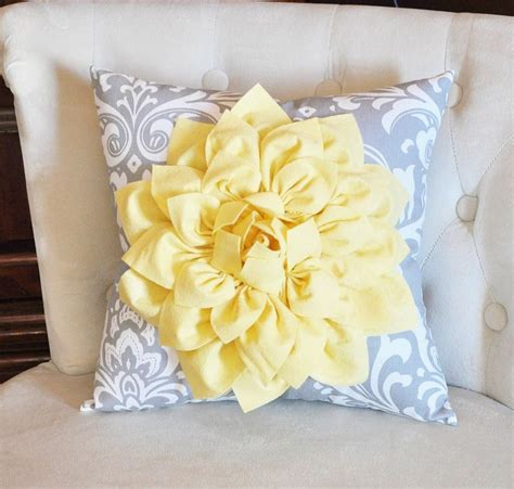 light yellow throw pillows best 25 yellow houses ideas on yellow house
