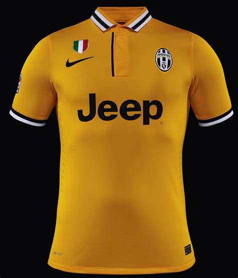 Juventus Home 13 14 Jersey Celana juventus 13 14 2013 14 home and away kits released footy headlines