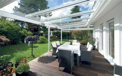 veranda verglasung 44 ideen f 252 r einladenden veranda wintergarten archzine net