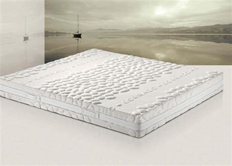 come deve essere un buon materasso materassi per un riposo eco e hi tech casa naturale
