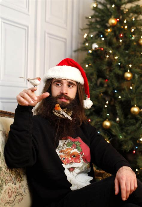 decorate beard for christmas hipsters are now decorating their beards for christmas