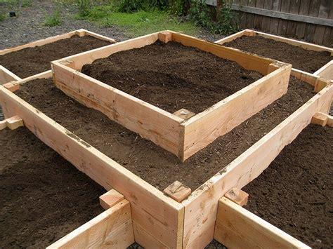 raised bed gardening plans 69 best images about jardineria on pinterest gardens
