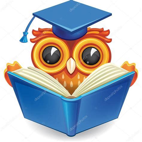 imagenes de inteligente animado buho sabio en casquillo de la graduaci 243 n con un libro