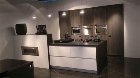 y line keuken showroomkeukens alle showroomkeuken aanbiedingen uit