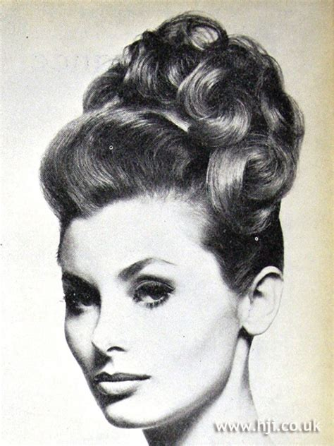 womens hairstyles from the 60s 70s ehow uk 1962 updo curls hairstyle hji