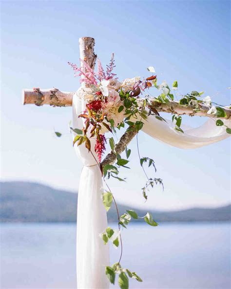 Wedding Arch Cloth by 59 Wedding Arches That Will Instantly Upgrade Your