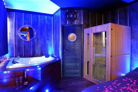 chambre spa privatif ile de suite ambiance yacht avec spa lyon introuvable