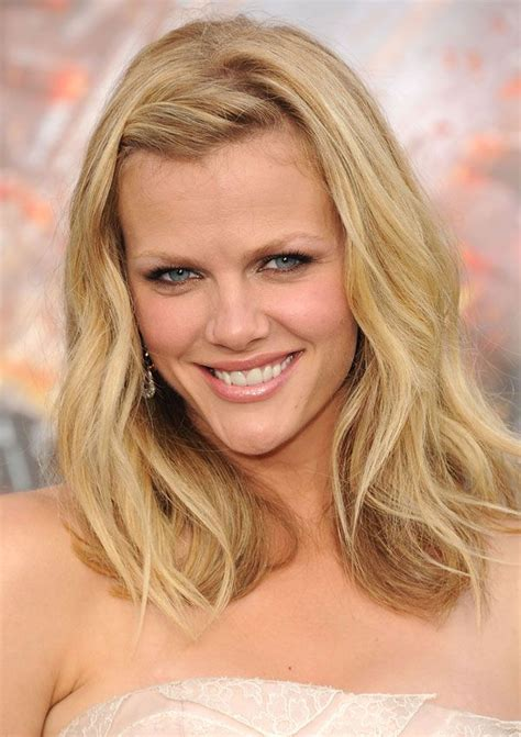 whats a lob hair cut the lob 8 ways brooklyn decker lob haircut and blonde lob