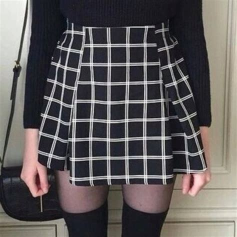 black and white pattern skirt outfit skirt grunge skirt 90s grunge tumblr grunge aesthetic