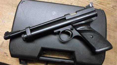 porto pistola crosman 2240 pistola co2 con porto d armi modello 2240