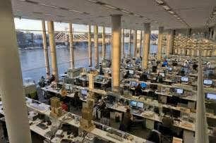 inside apple corporate office office inspiration