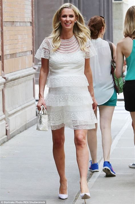 Get Hiltons Baby Bump Look For Less by Nicky Looks Pretty In Chic Lace Dress As