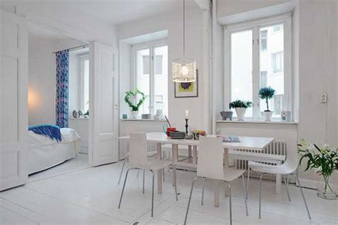 white apartment light interior design and white decorating in scandinavian